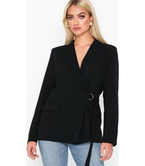 nly trend wrap belted blazer kavajer