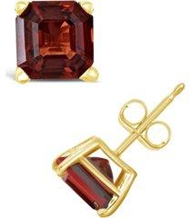 garnet (2-1/2 ct. t.w.) stud earrings in 14k yellow gold