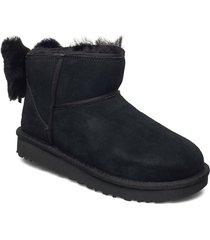 w classic mini bow shoes boots ankle boots ankle boot - flat svart ugg