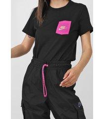 camiseta nike sportswear w nsw tee icon clas preta - kanui
