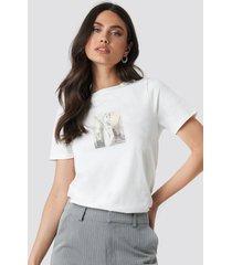 na-kd trend statue t-shirt - white