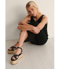 na-kd shoes flätade sandaler - black