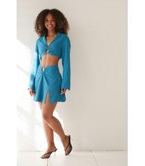 angelica blick x na-kd lös kjol med rynkdetalj - blue