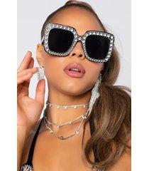 akira house icy sunglasses