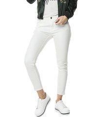 jean dama color blanco, skinny, tiro medio, push up, pitillo