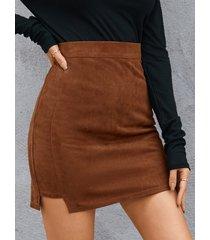 minifalda de gamuza con dobladillo con abertura de yoins basics