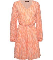 gloss elissa dress bz knälång klänning orange bruuns bazaar