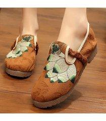 scarpe da donna retrò con fiore modello