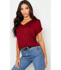 oversized boyfriend v neck t-shirt, berry