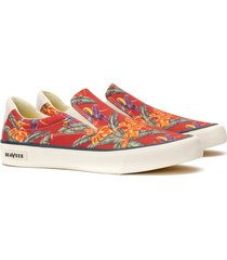 seavees hawthorne magnum slip-on sneaker, size 9 in red jungle bird at nordstrom