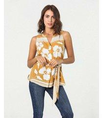 camisa manga sisa estampada floral con correa envolvente
