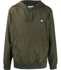 stone island textured style logo patch hoodie - green