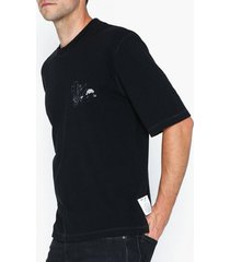 l'homme rouge manifest t-shirt t-shirts & linnen black