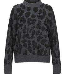 rta sweaters