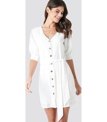 paola maria x na-kd button down balloon sleeve dress - white