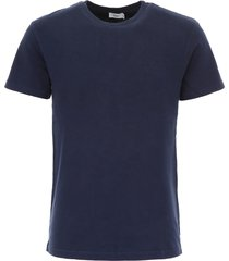 closed jersey t-shirt