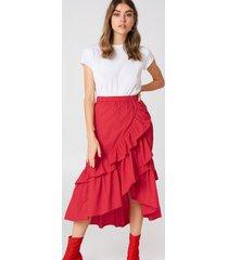 andrea hedenstedt x na-kd overlap maxi frill skirt - red
