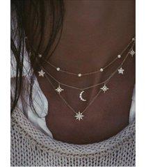 collar de múltiples capas luna y estrella de diamantes de imitación en oro colgante