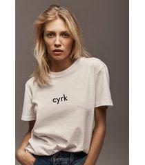 t-shirt oversize cyrk