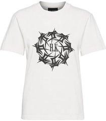 artwork tee t-shirts & tops short-sleeved vit han kjøbenhavn