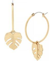 jessica simpson women's palm leaf charm hoop earrings