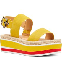 sandalia athena amarillo casual nine west