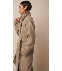 donnaromina x na-kd tied waist coat - beige
