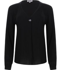 blusa con boton en escote color negro, talla 10