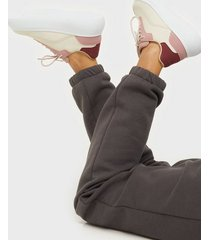 nly shoes retro force sneaker low top