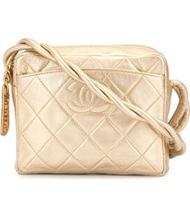 chanel pre-owned quilted cc cross body shoulder bag - pink