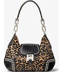 mk borsa a spalla bancroft media in pelle effetto cavallino leopardato e pelle con borchie - lt suntan - michael kors
