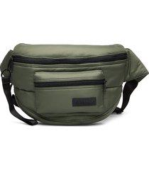 doggy bag xxl bum bag tas groen eastpak