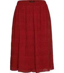 justina cecilie skirt knälång kjol röd bruuns bazaar