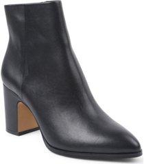bcbgeneration women's stein block heel bootie women's shoes