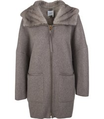 woman coat in taupe cashmere with fur