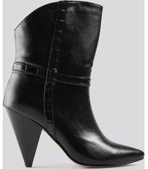 trendyol cone heel boots - black