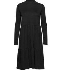 rilla ls dress knälång klänning svart soft rebels