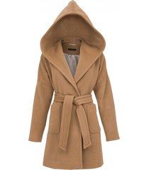 płaszcz z kapturem wiązany w pasie