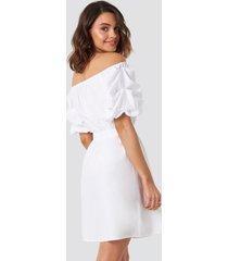 na-kd boho off shoulder puff sleeve a-line dress - white