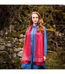 the celtic shawl red one size