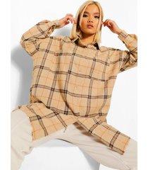 petite geruite oversized blouse, camel