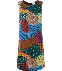 sleeveless fantasy dress