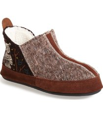 women's acorn 'forest' bootie slipper, size small - brown
