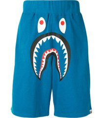 a bathing ape® shark wide sweat shorts - blue