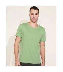 camiseta masculina com bolso manga curta gola careca verde