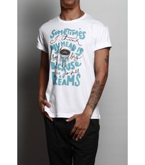 camiseta full of dreams