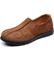 uomini vecchio pattino imbottito del tessuto di pechino sulle scarpe casuali piatte dei mocassini