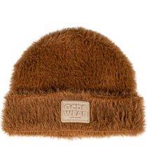 gcds fur applique logo patched beanie