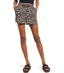 women's vero moda leopard print shorts, size x-small - black