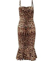 ruched leopard print silk cady midi jurk